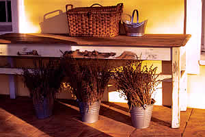 Basket & Table De Ark Guest House and B&B Accommodation Lydenburg, Lydenburg Self Catering Accommodation, Lydenburg B&B Accommodation, Lydenburg Guest House Accommodation, Affordable Accommodation Lydenburg